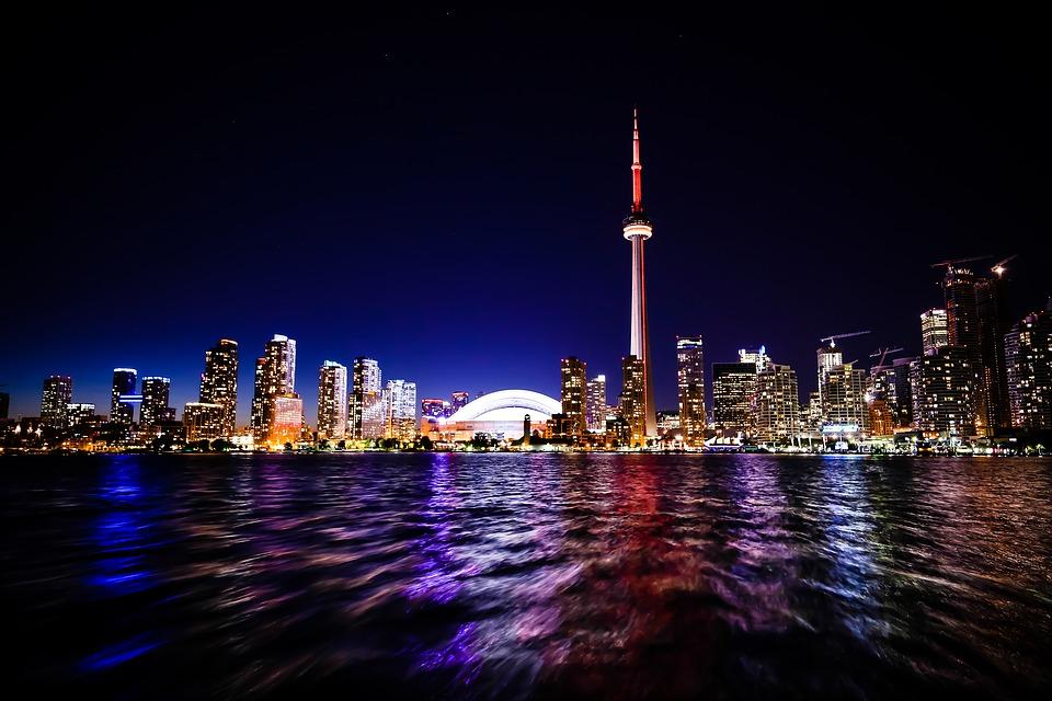 Incredible view of Toronto during night to enjoy after moving to Toronto from Europe.