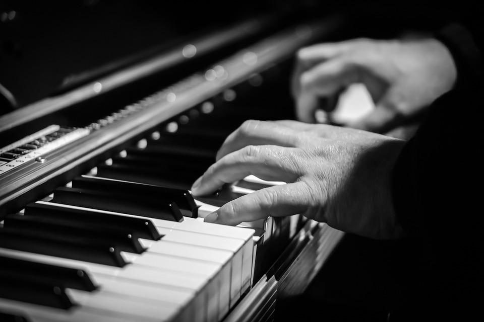 Moving a piano cannot be done with two hands on it.